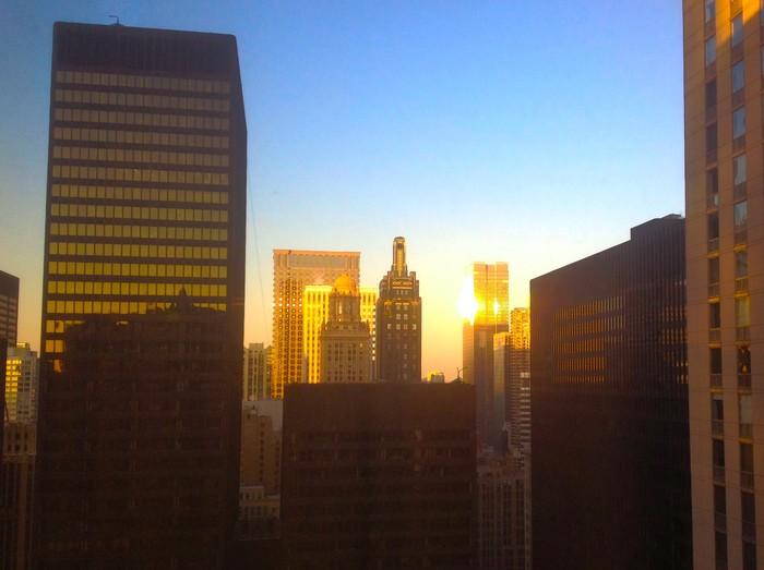 Фото: Раннее утро в центре Чикаго